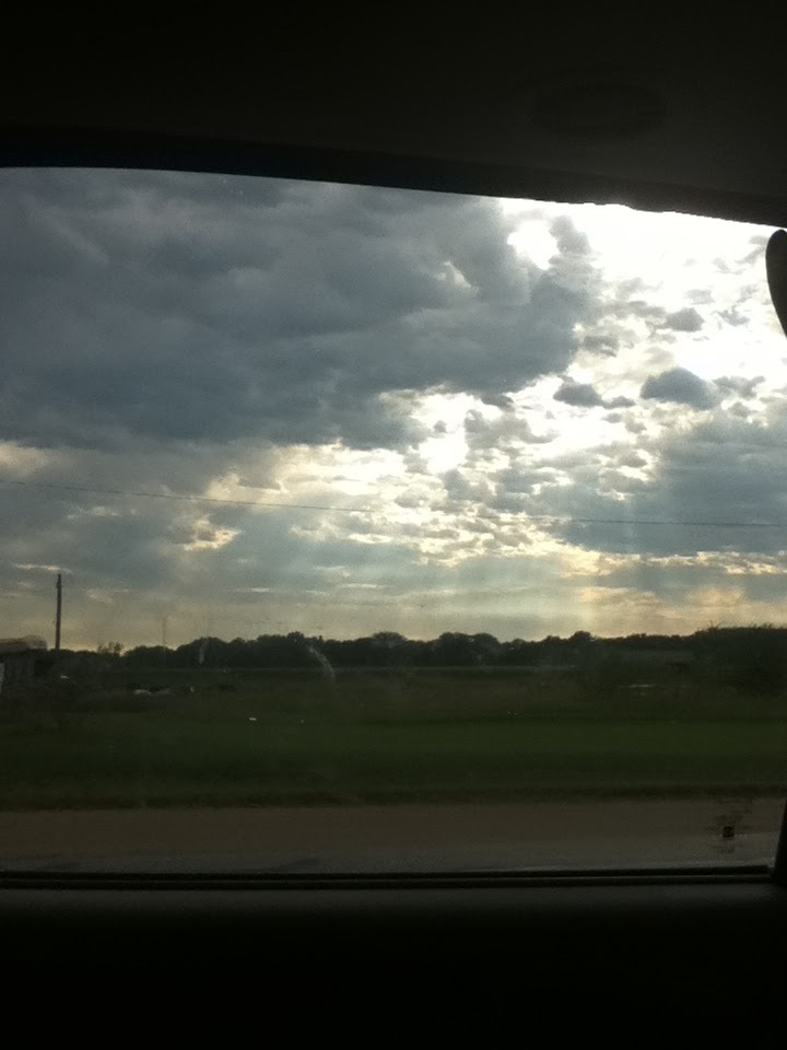 a beautiful pic of the sky traveling to see my grandparents summer '14