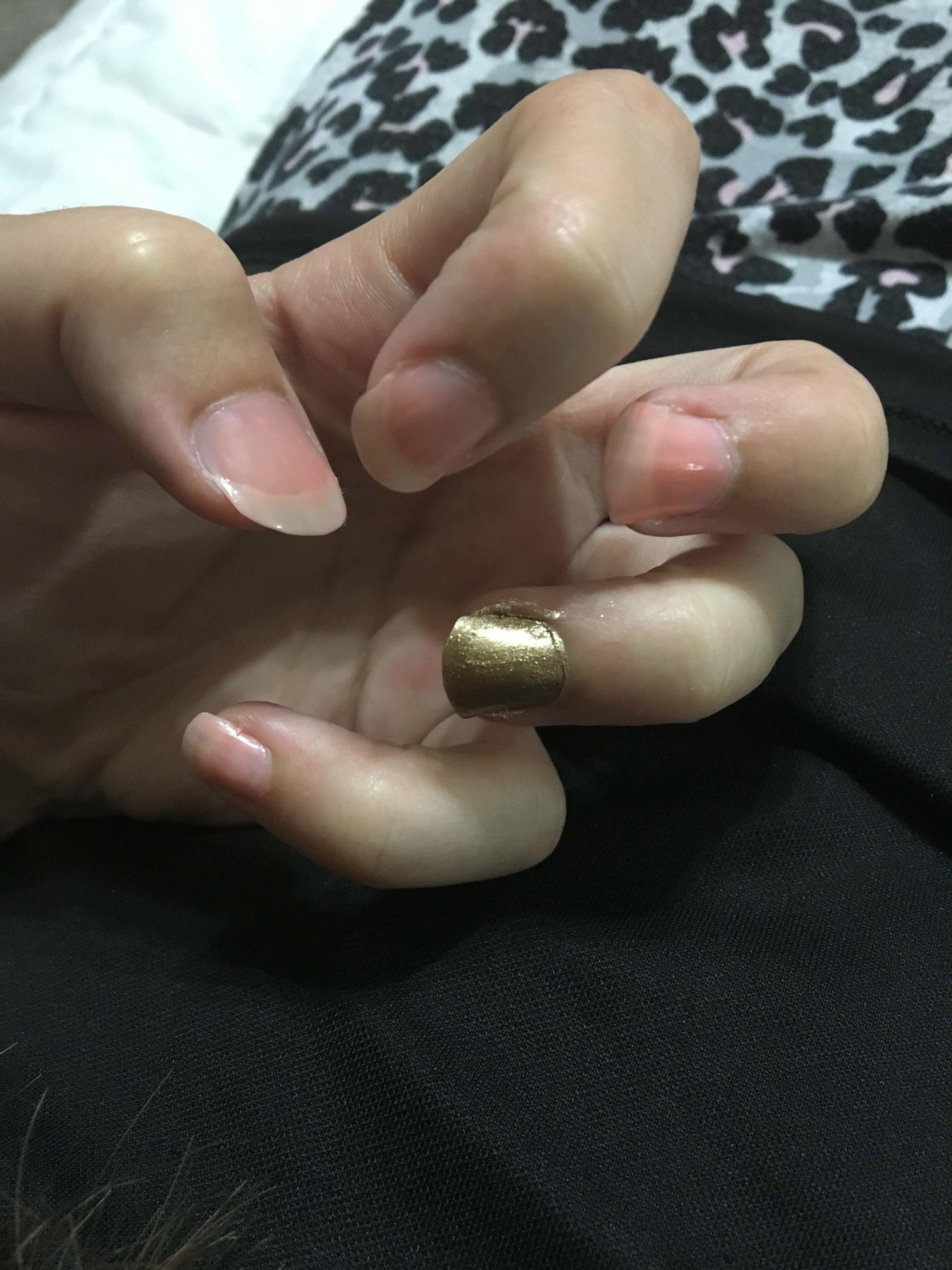 pink-gold-nails.jpg