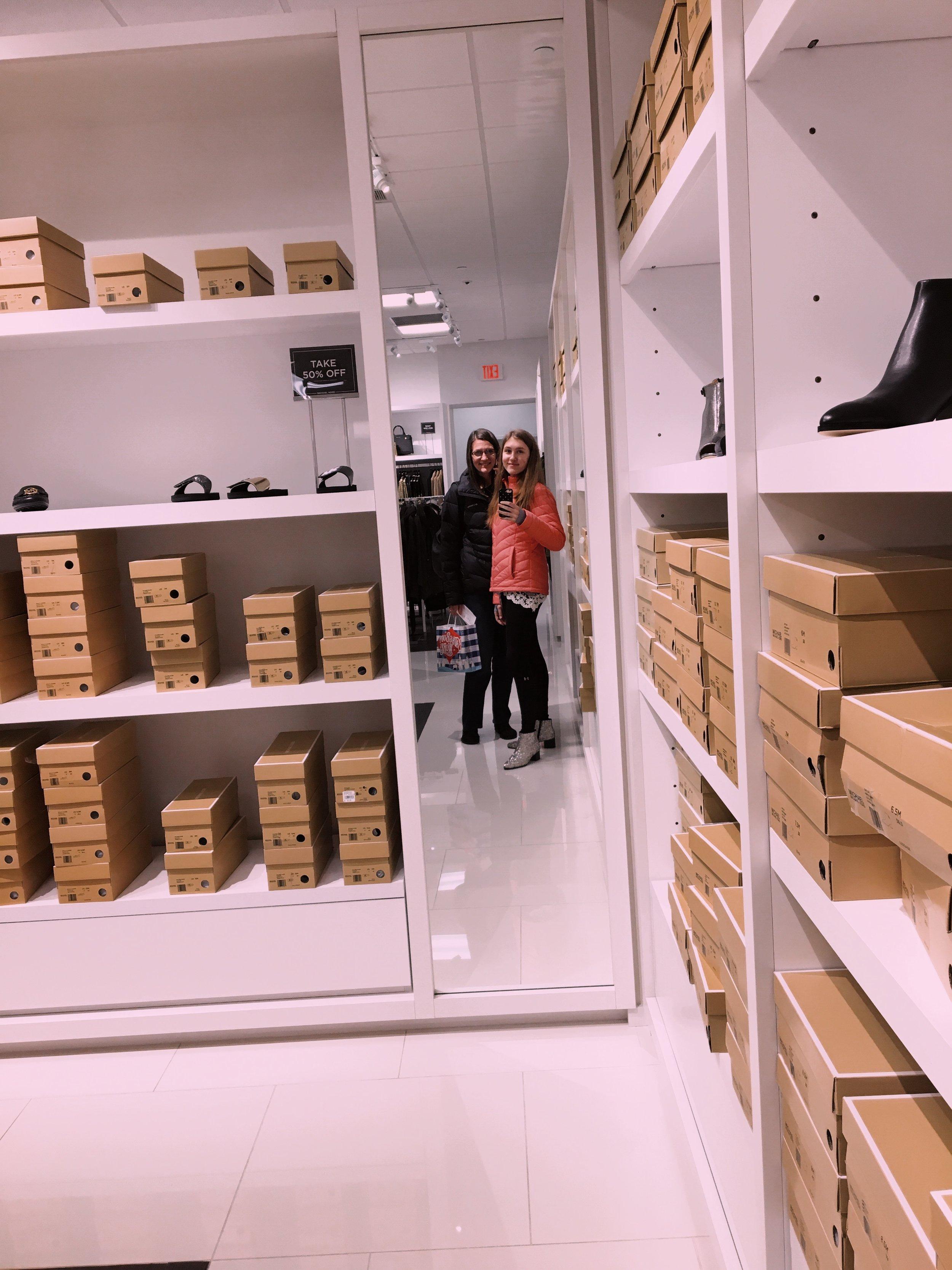 mom-ashlee-shopping.JPG