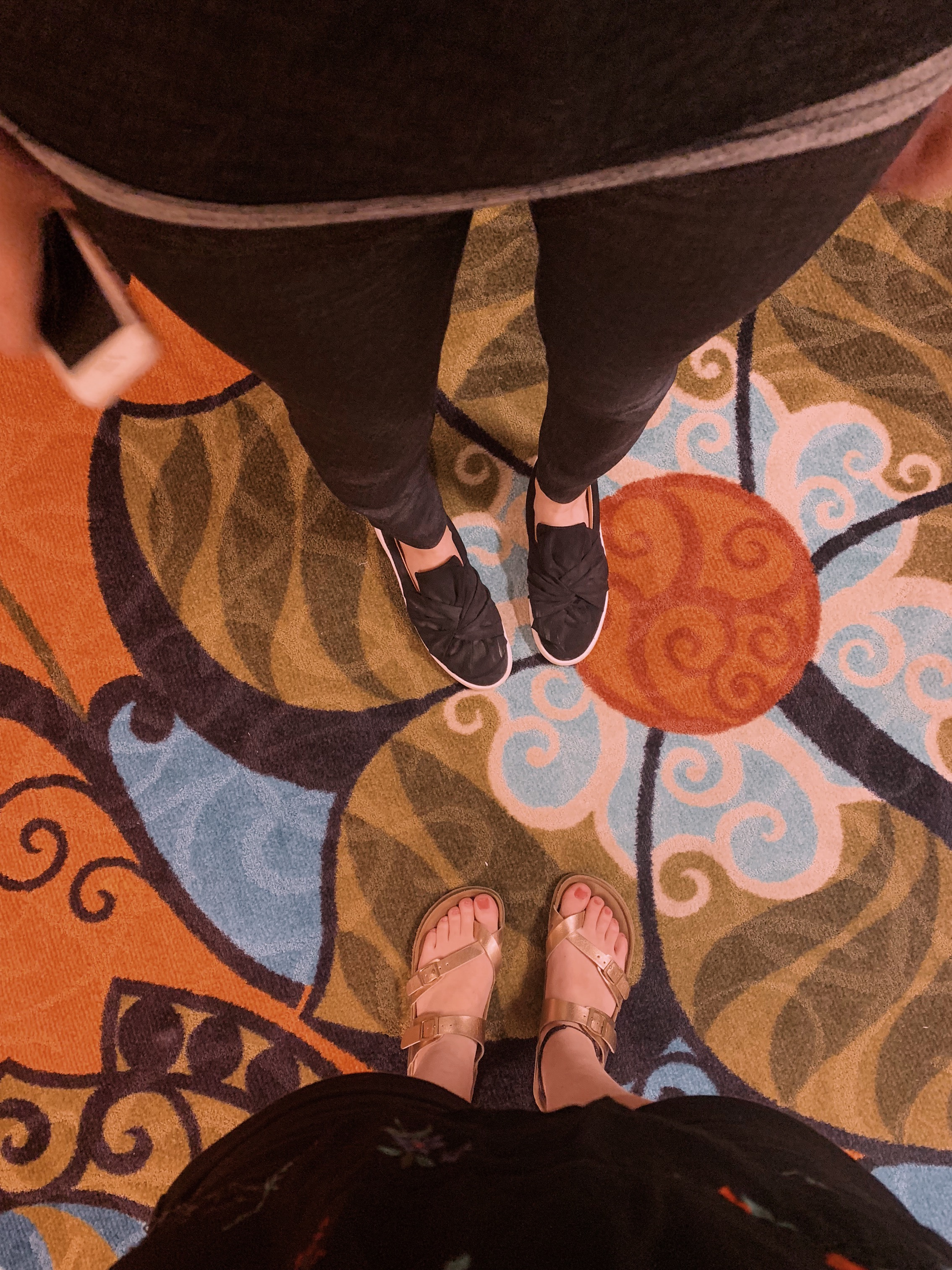 ashlee-kirsten-floor.jpeg