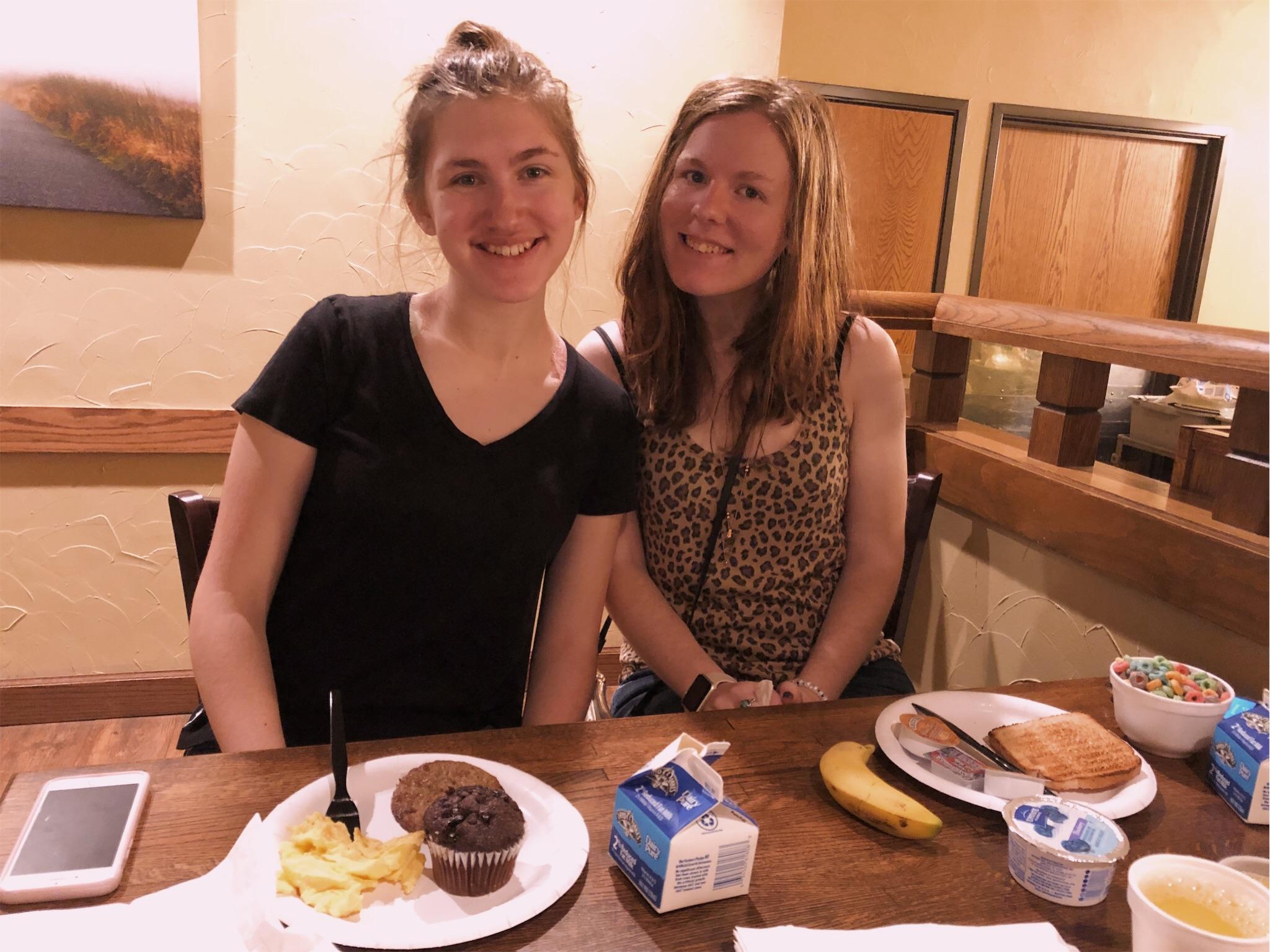 ashlee-kirsten-hotel-breakfast.jpg