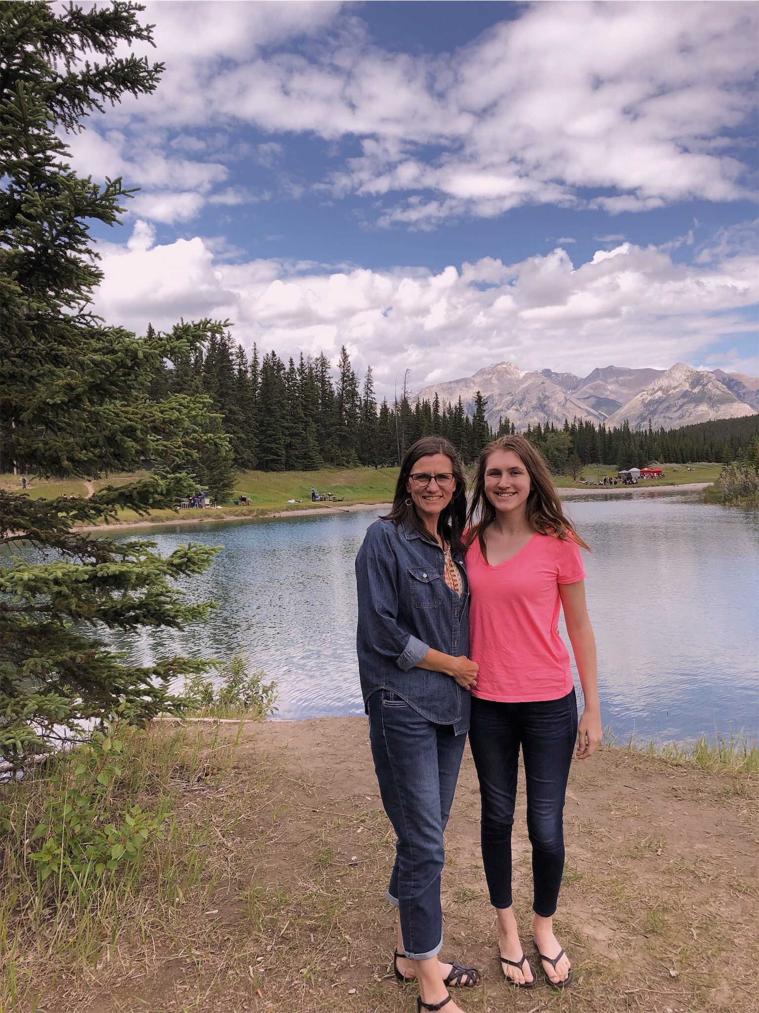 ashlee-mom-cascade-ponds-banff.jpg