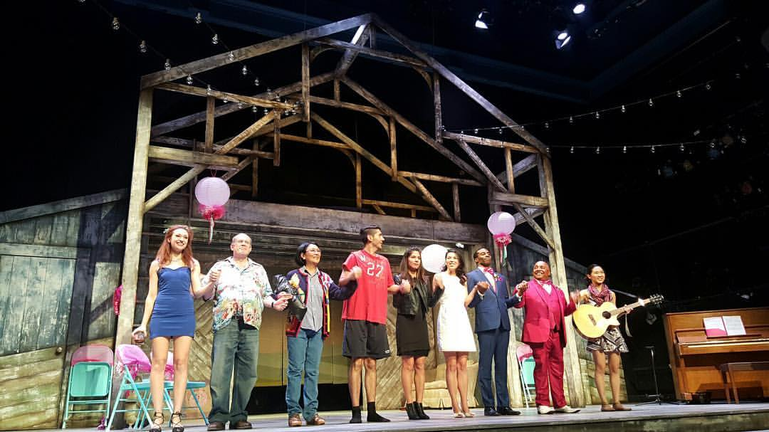 The cast on stage, taking a bow!