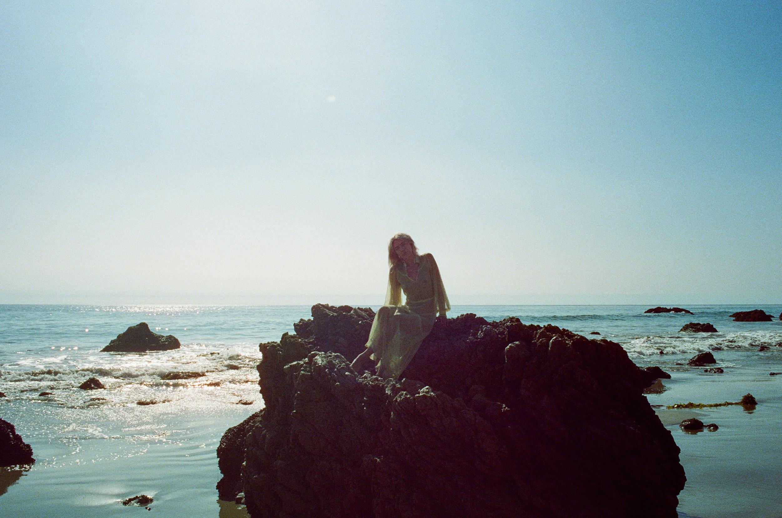 AliciaChandlerCo_EmilyLanders_Malibu_Vintage-4.jpg