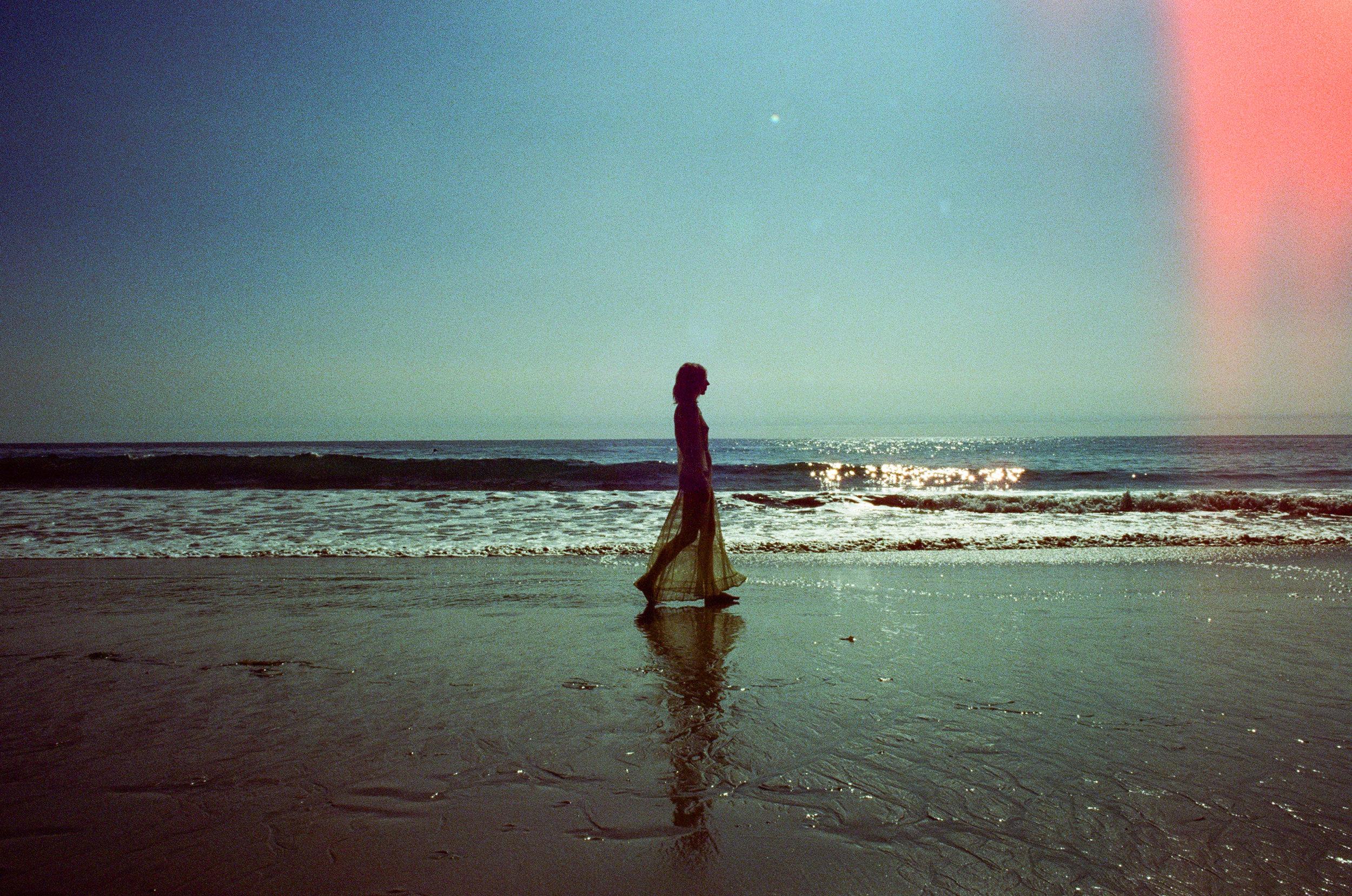 AliciaChandlerCo_EmilyLanders_Malibu_Vintage-3.jpg
