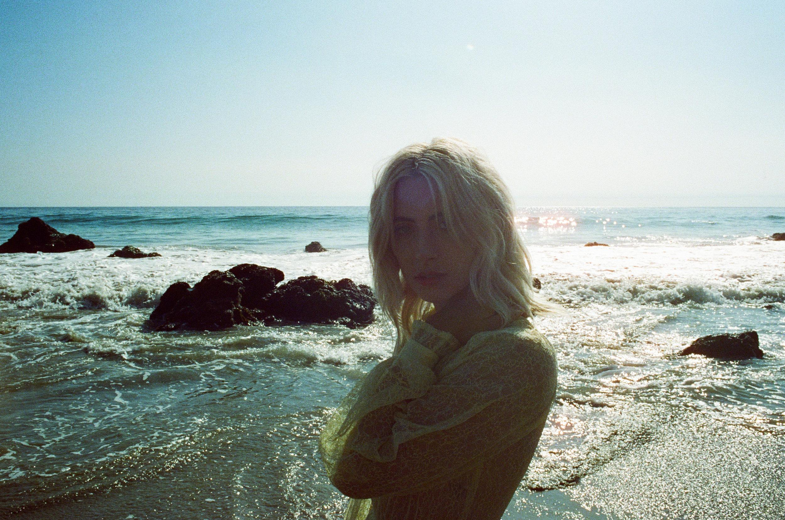 AliciaChandlerCo_EmilyLanders_Malibu_Vintage-8.jpg