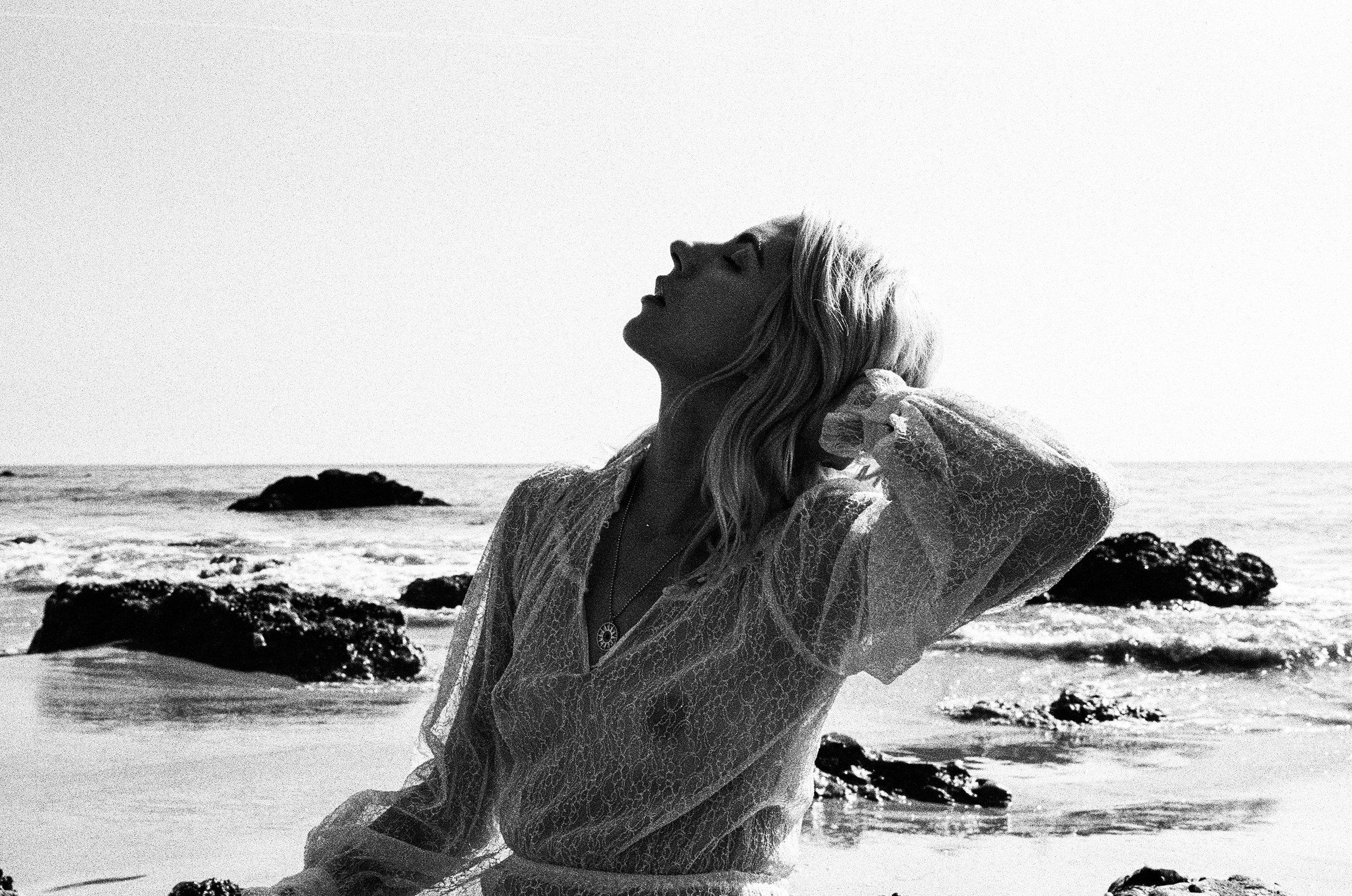 AliciaChandlerCo_EmilyLanders_Malibu_Vintage-65.jpg