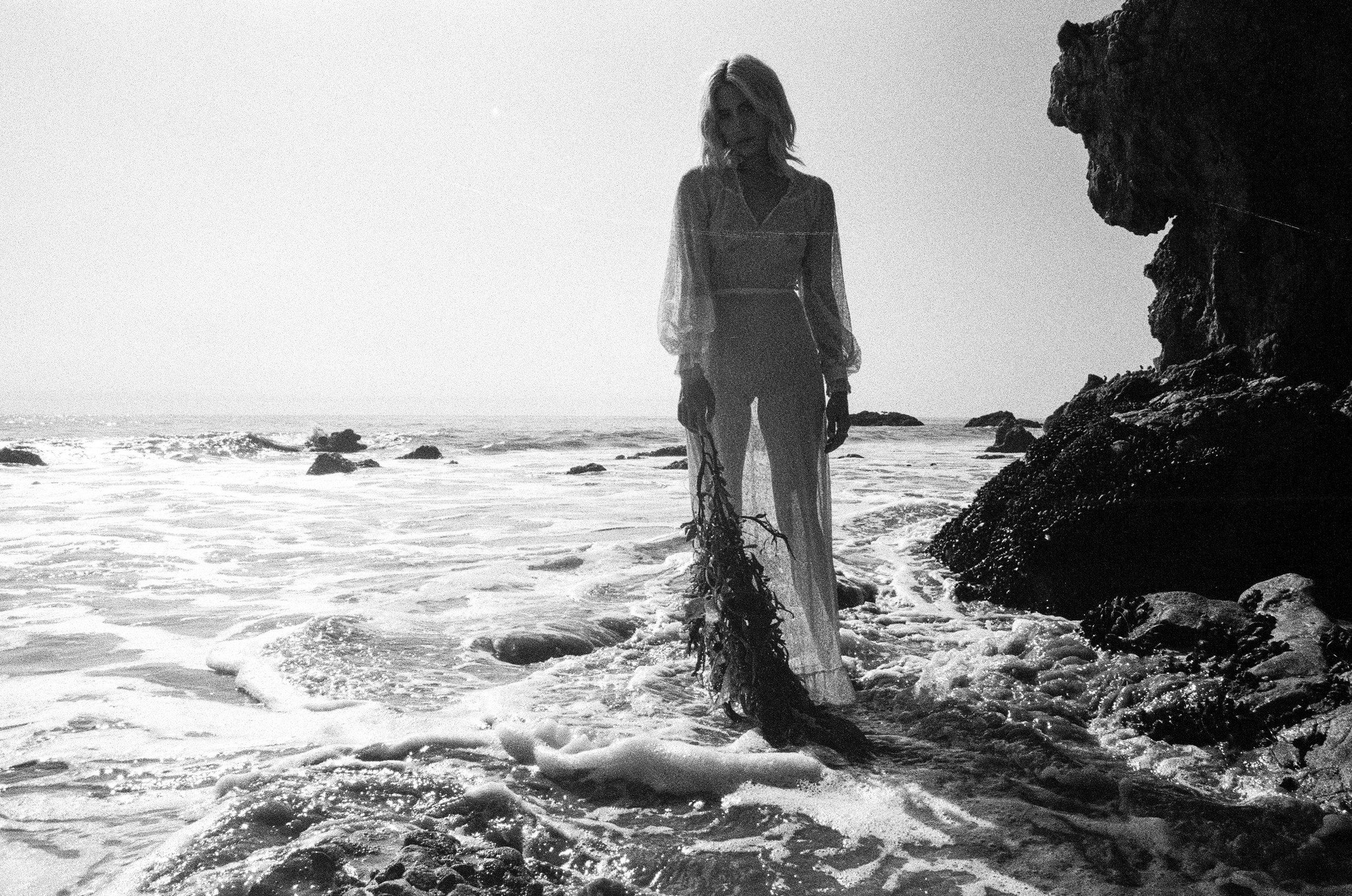 AliciaChandlerCo_EmilyLanders_Malibu_Vintage-104.jpg