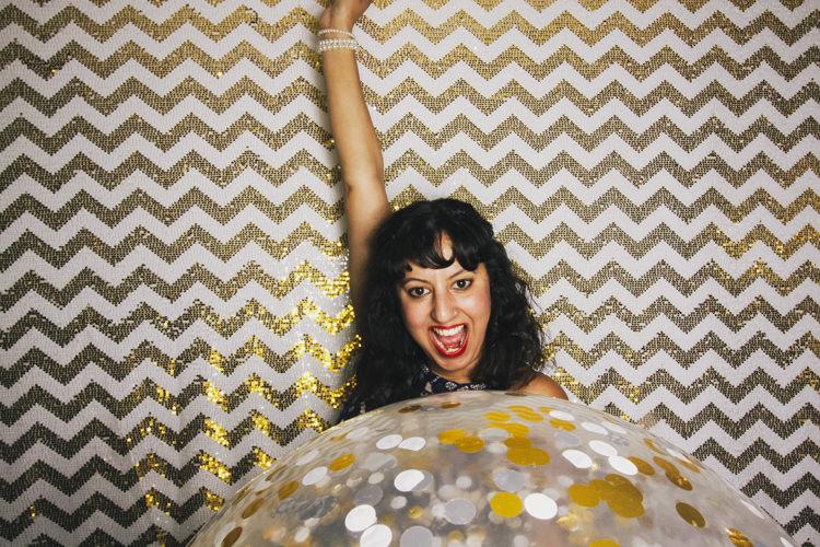 balloon-balloon-confetti-best-brisbane-friends-fun-gambaro-gold-hire-hotel-laughing-photo-booth-wedding.jpg