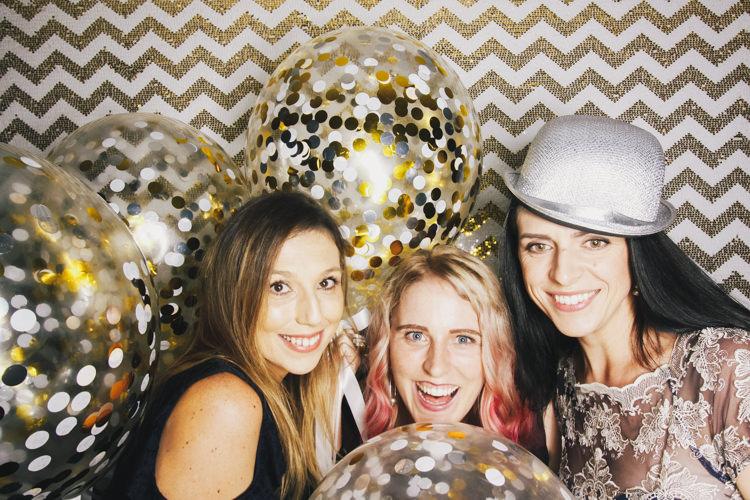 balloon-confetti-best-brisbane-friends-fun-gambaro-gold-hire-hotel-laughing-photo-booth-wedding.jpg