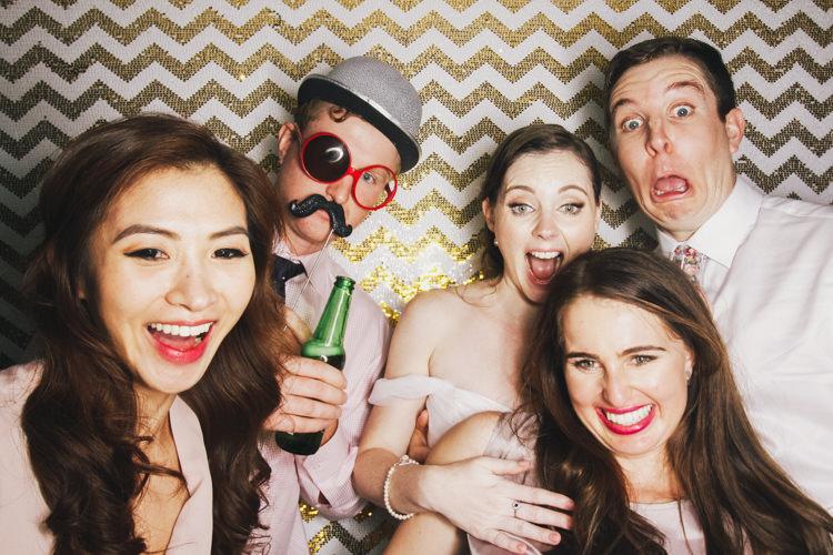 best-bride-brisbane-friends-fun-gambaro-gold-groom-group-shot-hire-hotel-laughing-photo-booth-wedding-2.jpg