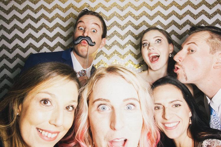 best-bride-brisbane-friends-fun-gambaro-gold-groom-group-shot-hire-hotel-laughing-photo-booth-wedding.jpg