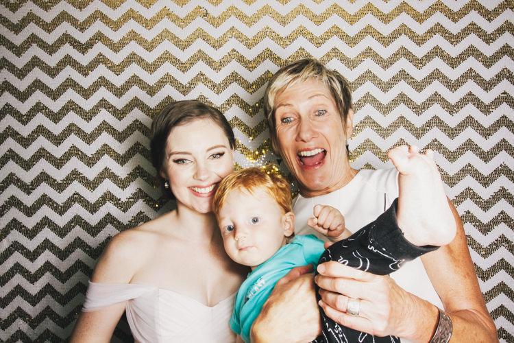 best-bride-brisbane-friends-fun-gambaro-gold-hire-hotel-laughing-photo-booth-wedding-2.jpg