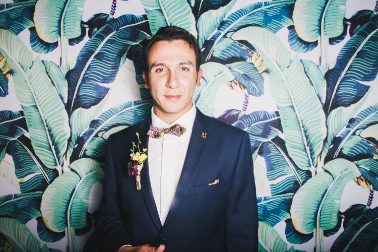 banana-tree-black-tie-boss-california-dreaming-les-clefs-odor-palm-leaves-photo-booth-hire-brisbane-sofitel-corporate-event-ball.jpg