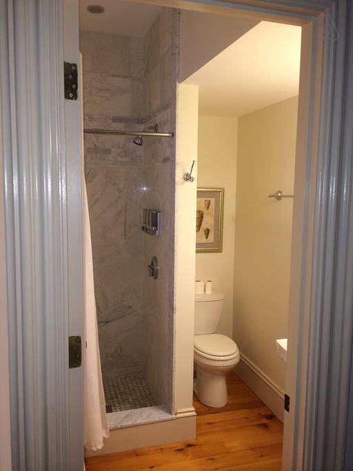 Gloucester #2 - Master Bathroom