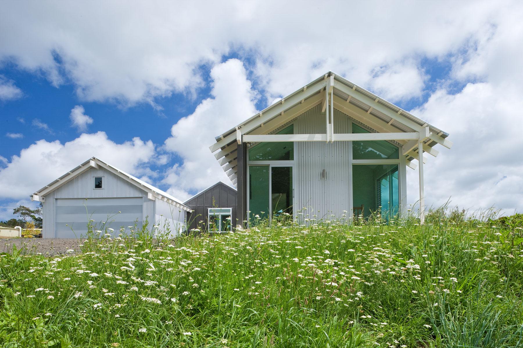 K  Leuschke Kahn Architects_Kumeu house, LKA__CM17390.jpg