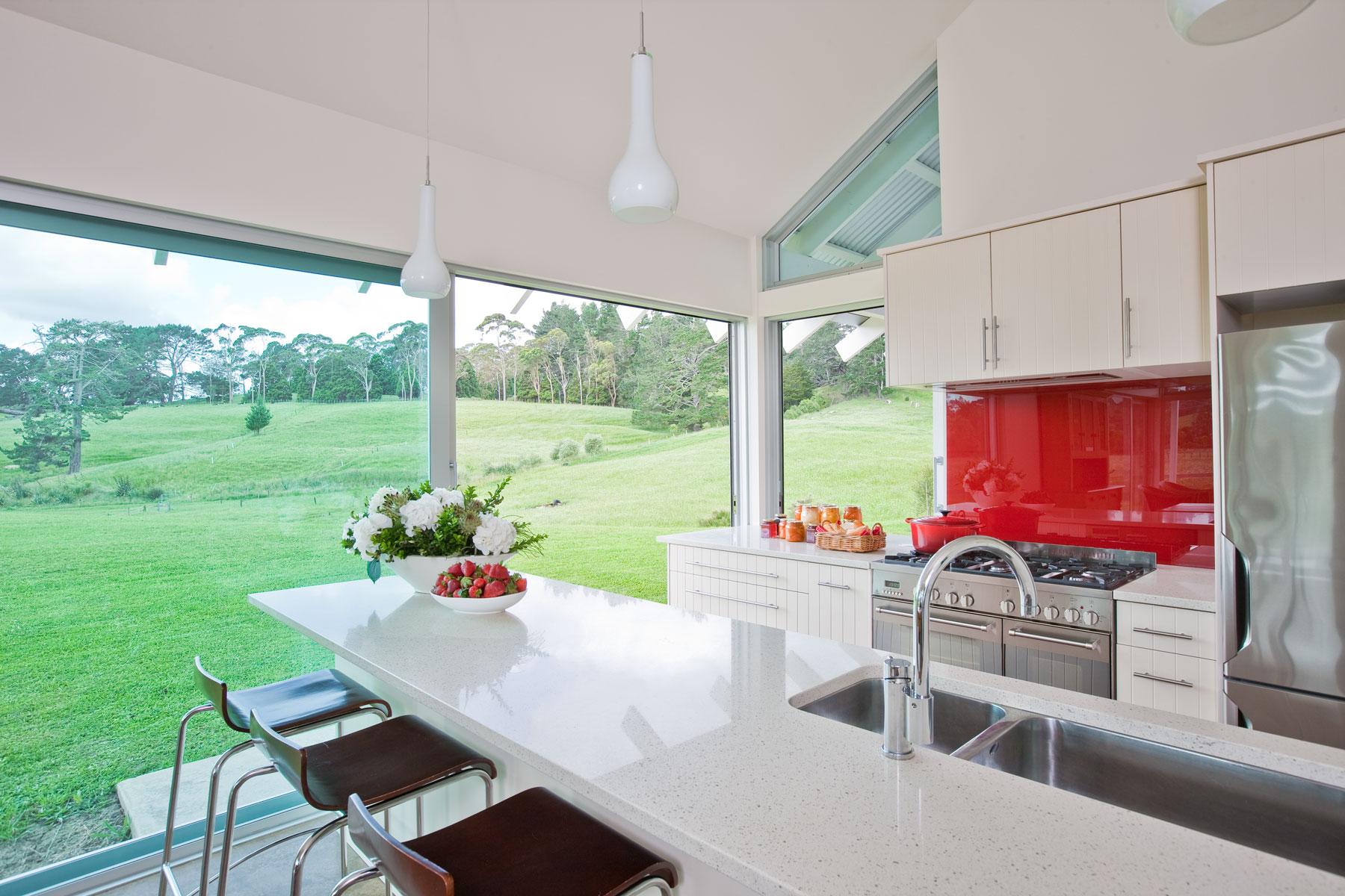K  Leuschke Kahn Architects_Kumeu house, LKA__CM17749.jpg