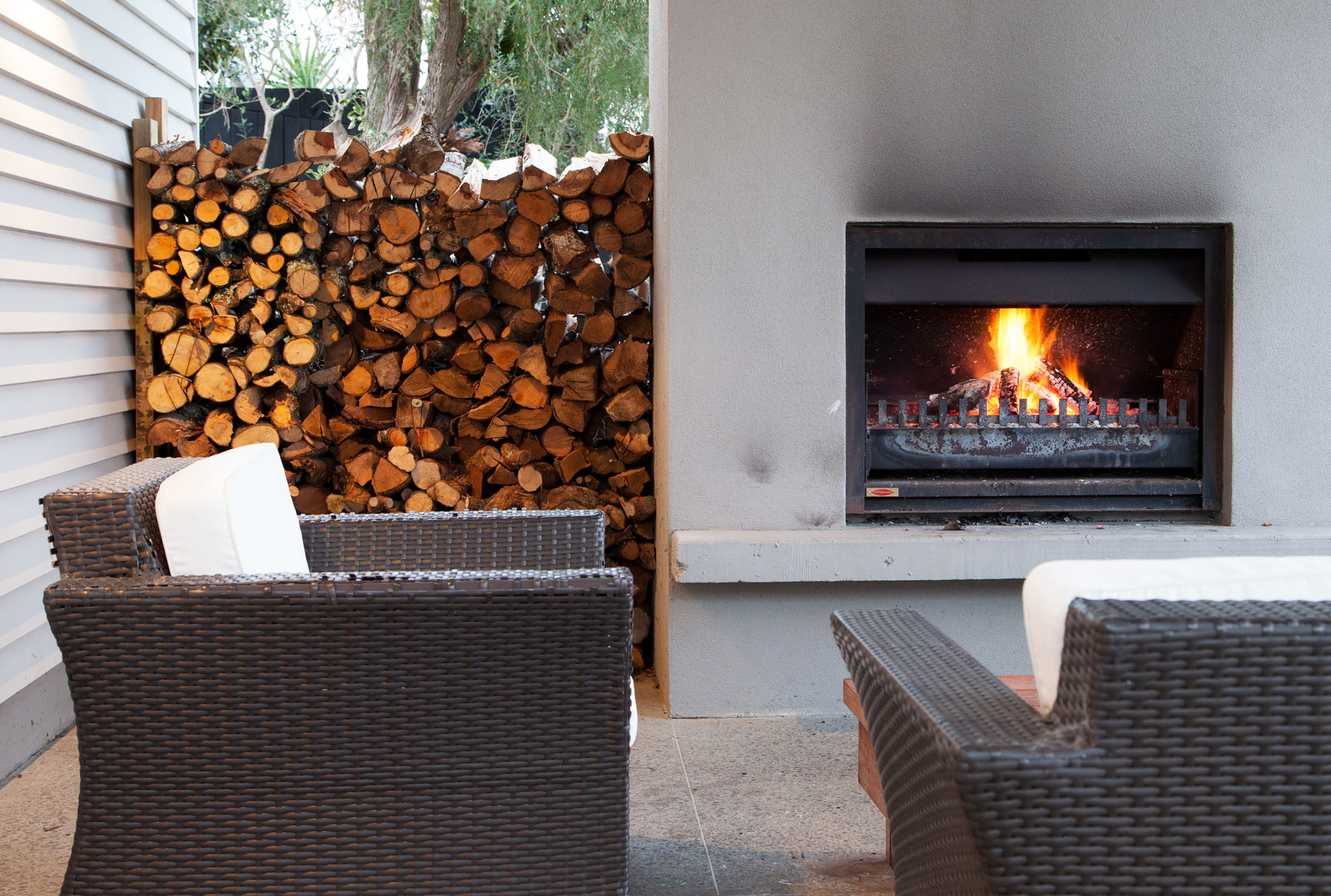 M-Leuschke-Kahn-Architects-Fireplace-IMG_3525.jpg