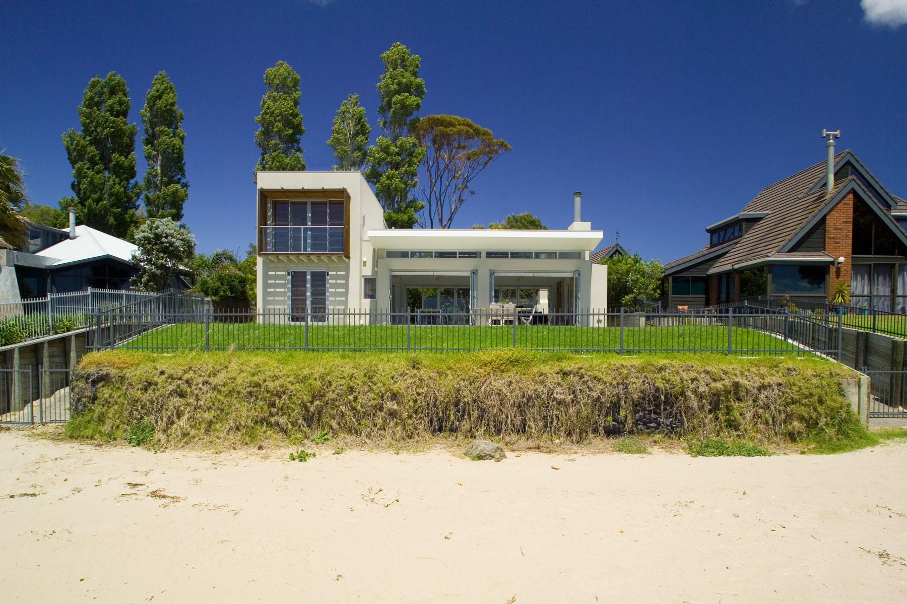 S Leuschke Kahn Architects_StanmoreBay LKA_F2J95831.jpg