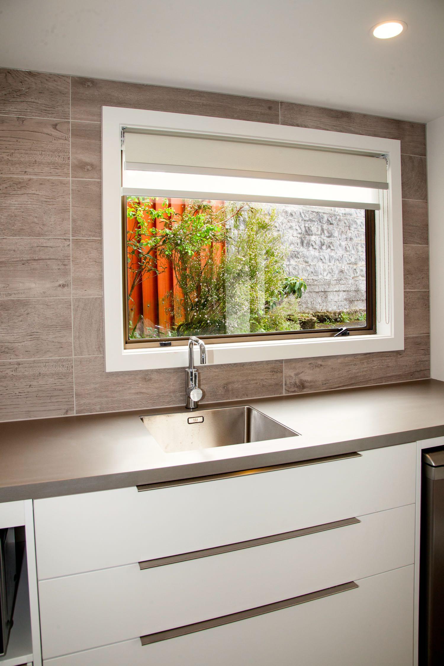 mezzanine - queen kitchen