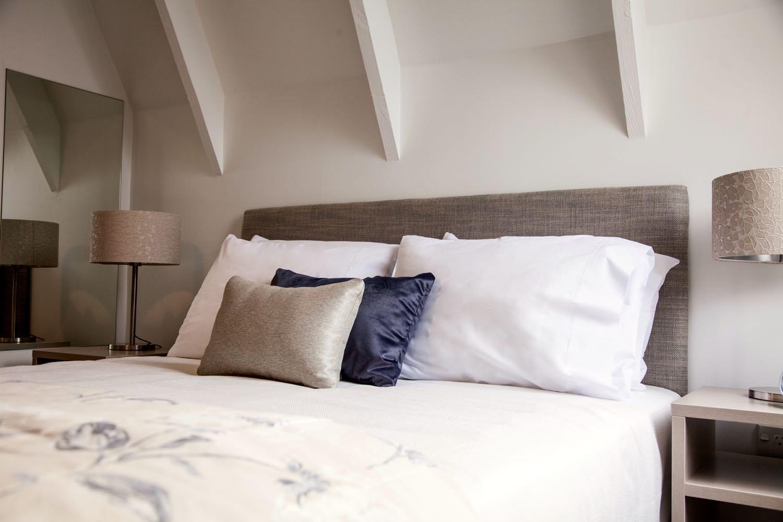 mezzanine - king bed