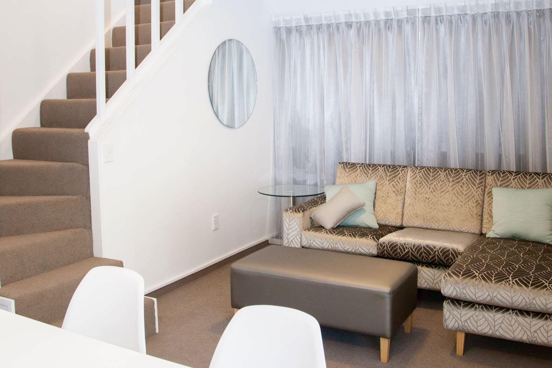 2 bedroom suite - king & queen stairs
