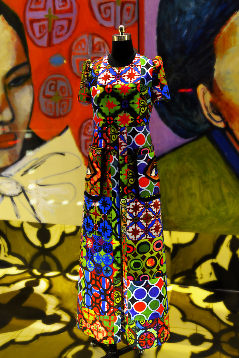 6.Poesia-window-for-2015-spring-collection.jpg