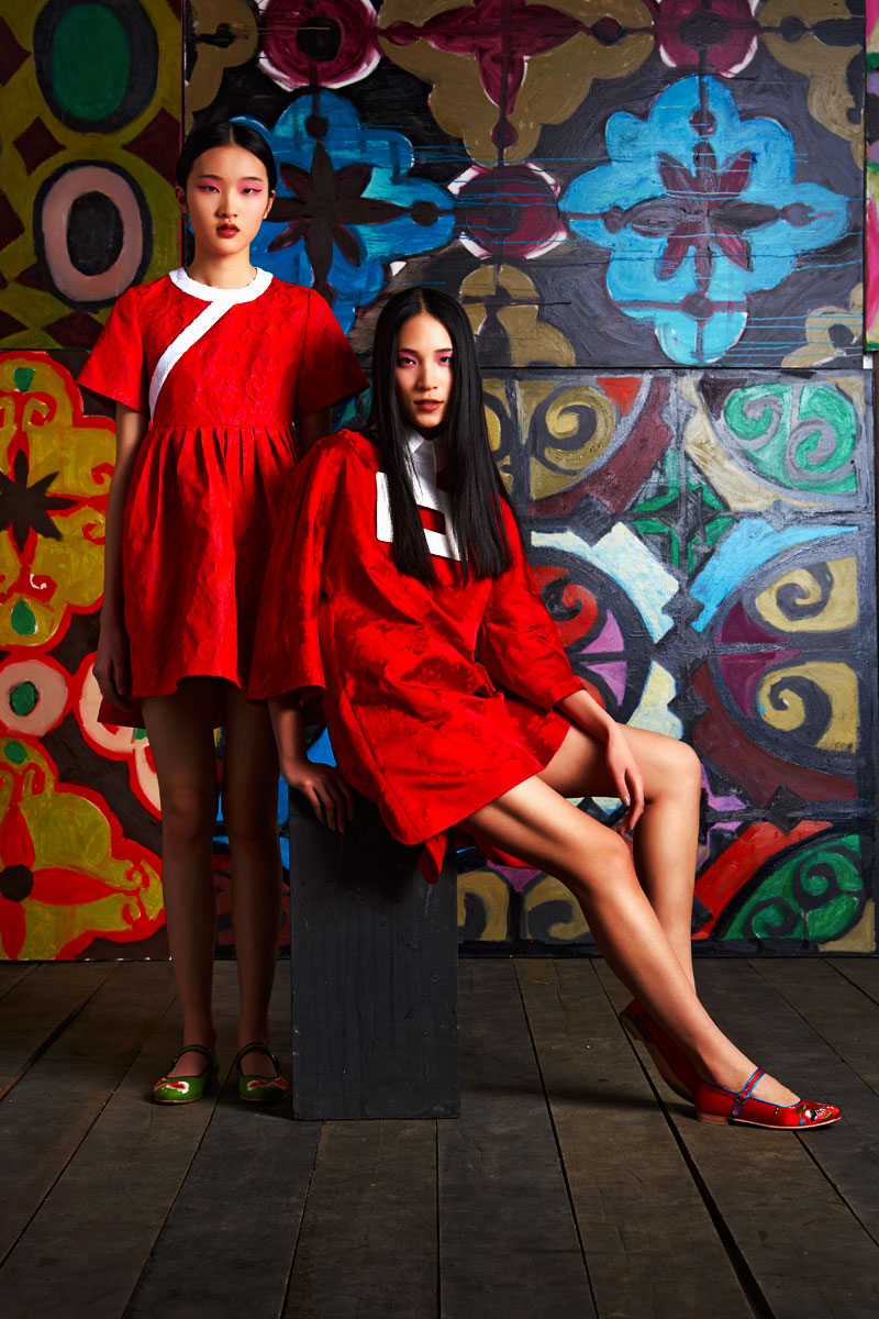 13.Poesia-spring-2014-collection_fashion-shote-against-basmat`s-patterns.(shoes-by-Denise-Huang)_2014.jpg