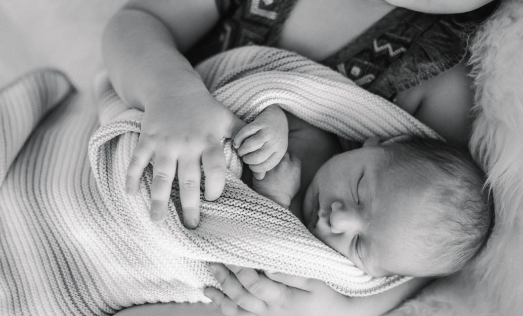 Baby Hugo Newborn Shoot-58.jpg