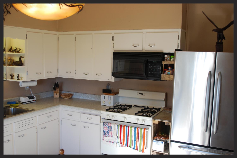 OO Hunting Lodge Full Service Kitchen