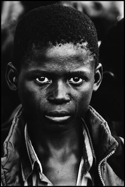 88113-1446139282-McC0000_AIDS_Zambia_03_AuctionPic-large.jpg