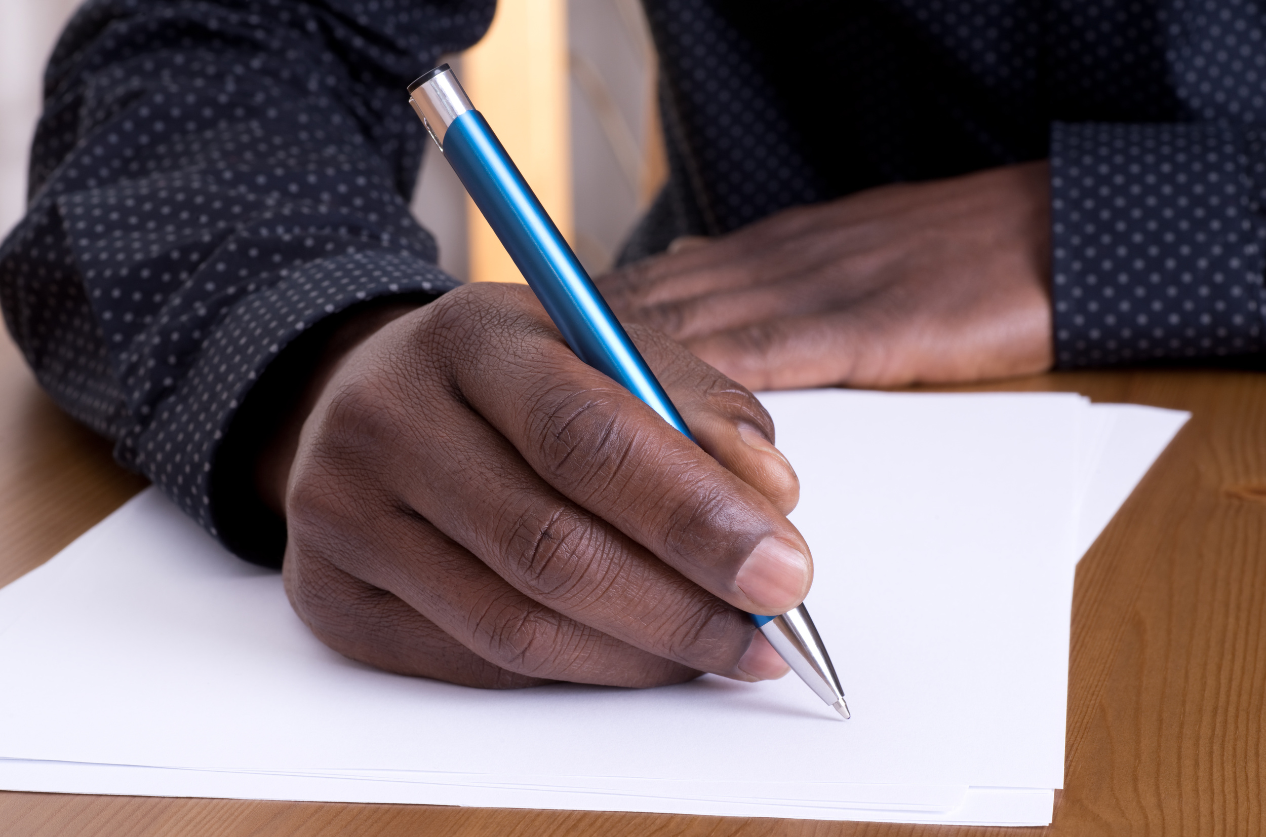 writing_letter_hand