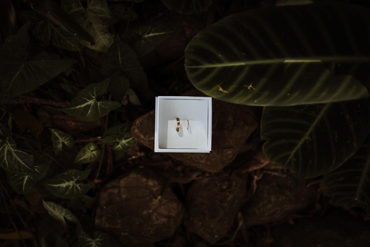 Wedding rings, Byron Bay