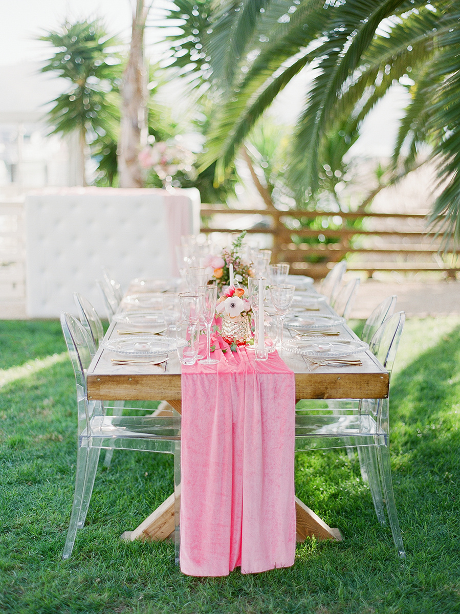 gorgeous pink flowy velvet table runner