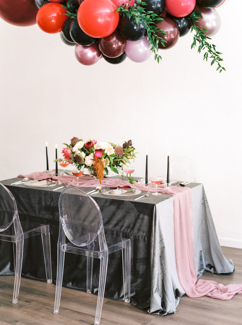 Table linens for New Year, events, and wedding ideas