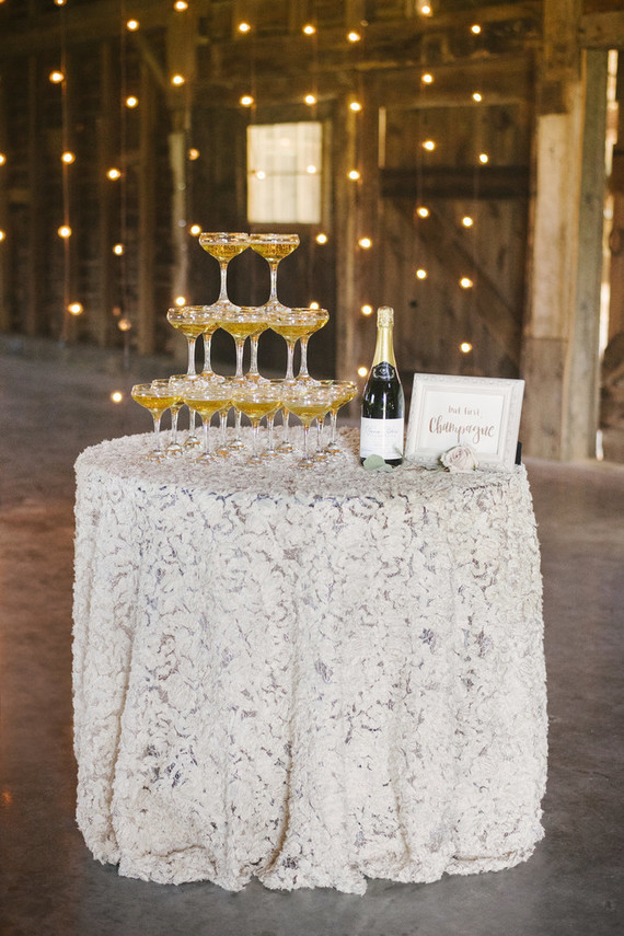 vintage lace white table cloth for vintage themed weddings and events