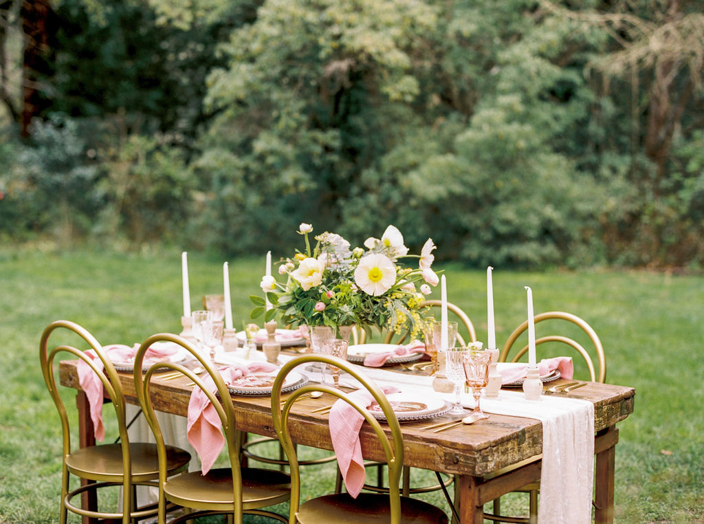 Outdoor Spring Wedding Pink tablescape and table runner inspo