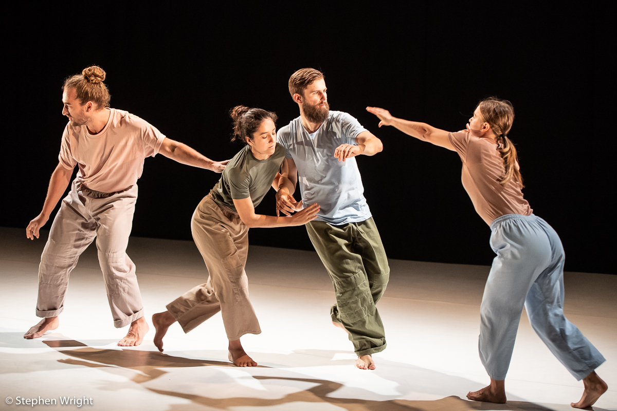 Coral Montejano Cantoral, Flavien Cornilleau, Alex Mikl ó sy and Miia Ma̎kila̎  perform  A Quiet Hope  choreographed by  Wilhelmina Ojanen  performed as part of  Sadler's Wells Young Associates .