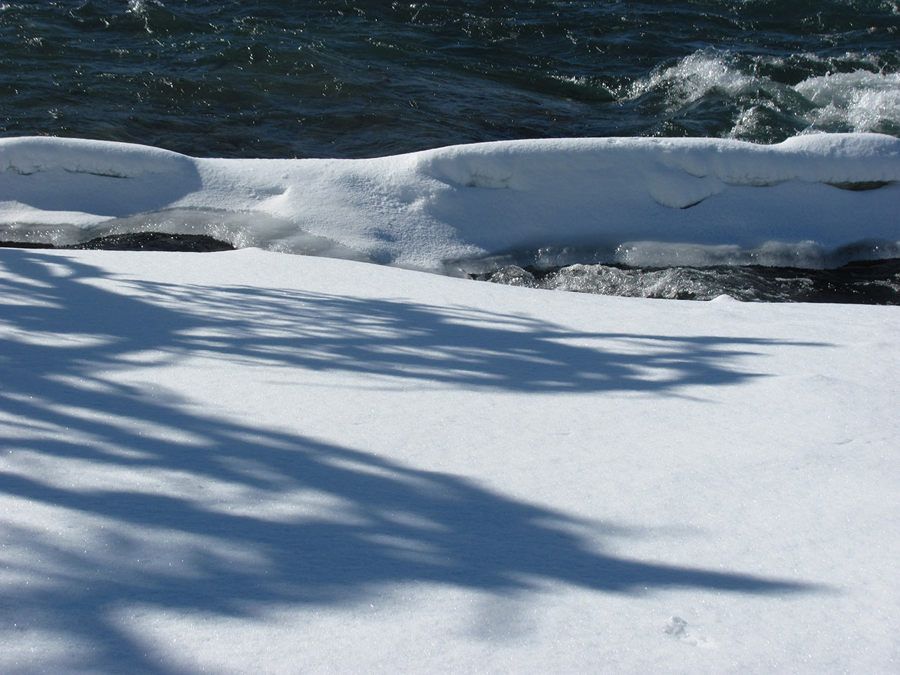 Frozen-Falls-4.jpg