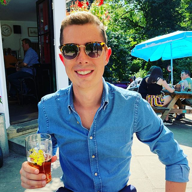 Back at the pub! Very happy to be home and drinking something that isn't overpriced and imported Tiger!! 🍻 Such an amazing week and getting back to this gorgeous weather has made it even better! ✌️☀️ #upnor #home