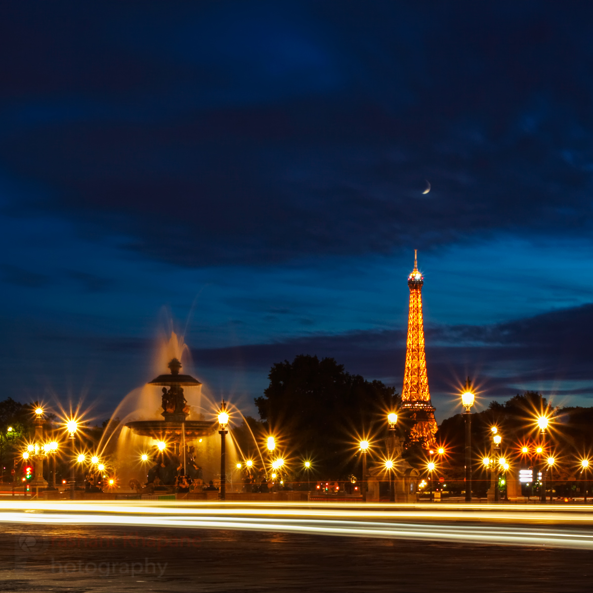 The image I had pre-visualised during my first three visits to the city of light. I just got lucky with parting clouds revealing the crescent moon at the last minute.