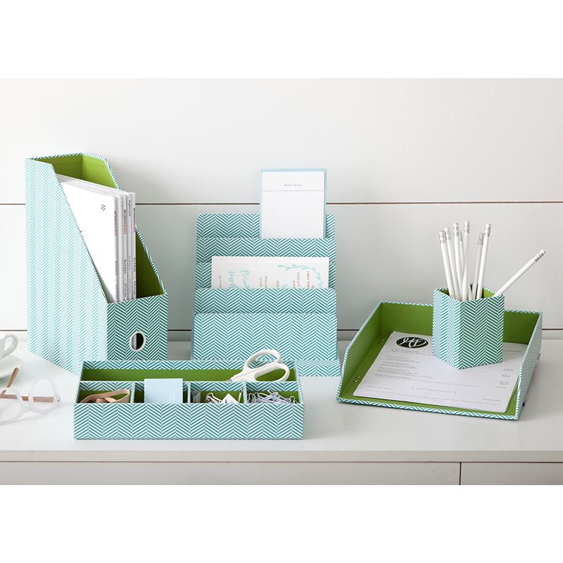 desktop_accessories_bosslady