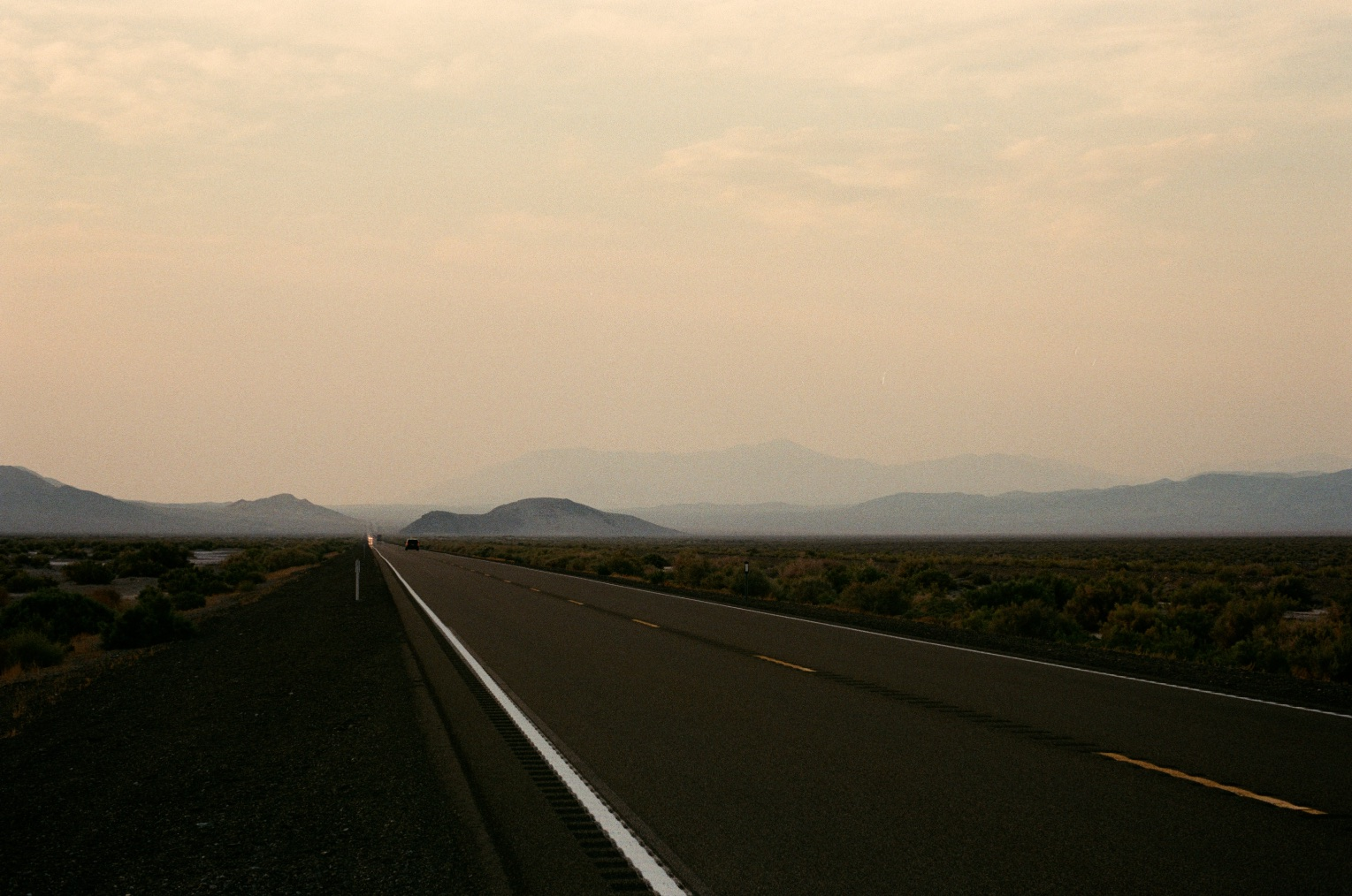 046_CaliforniaRoad2.jpg