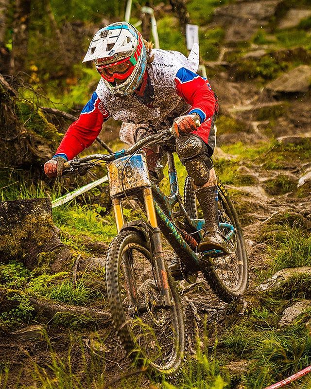 It was a wet and muddy fist day at The Extreme Sports Festival in #Voss today. Here's @henrikmyhrvold taking out the top spot in the Scandinavian Cup #Downhill. Looking forward to shooting the rest of this festival… even some sunshine tomorrow  @NikonNZ @extremsportveko @JBSSport 📷 #Nikon #D4s 70-200mm f/2.8 at 140mm, f/5.6, 1/1000s, ISO 2000