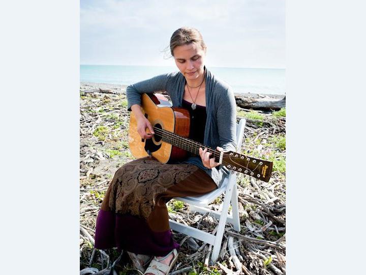 Author, RN, Musician Jenny Mahan