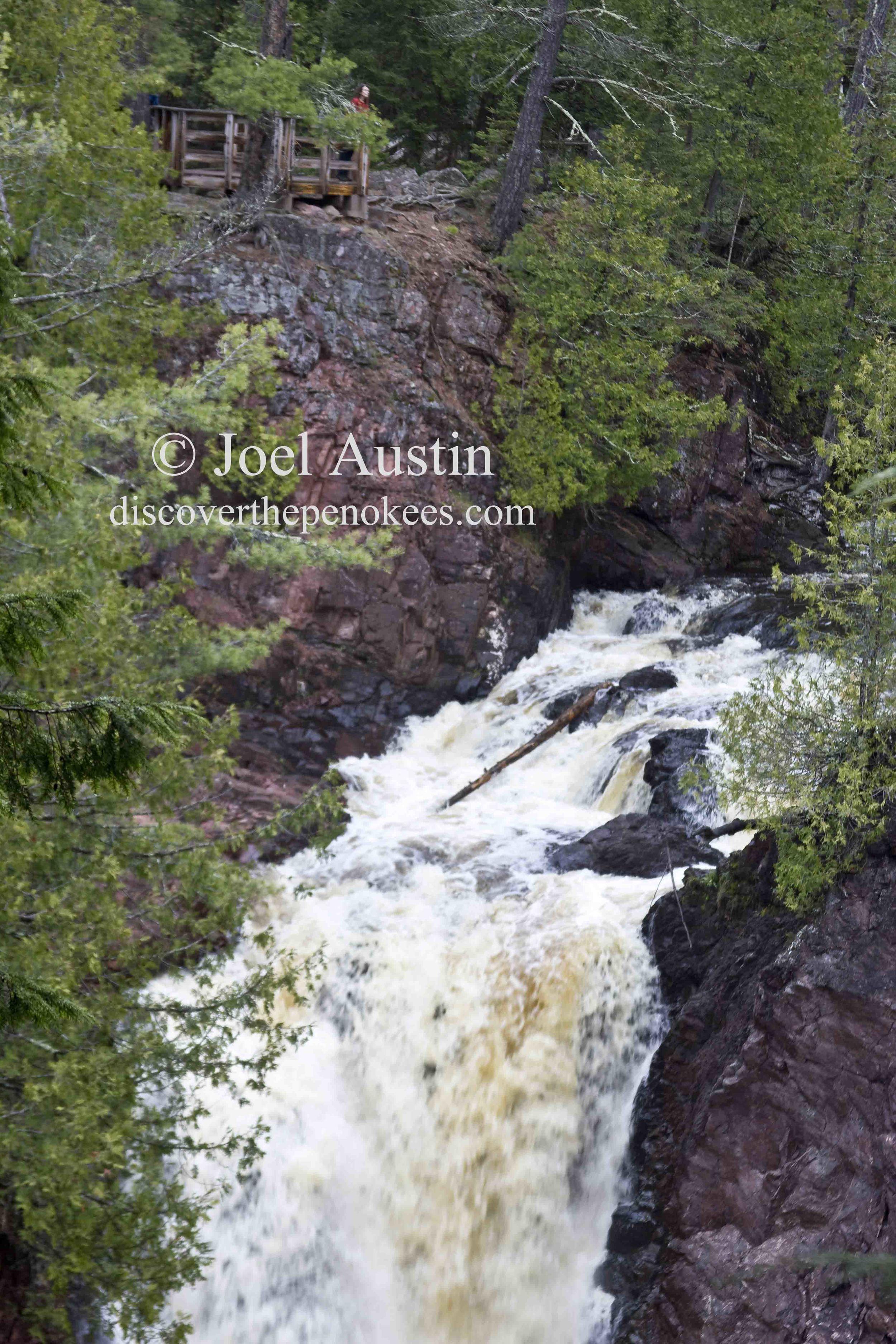 Brownstone Falls in Copper Falls State Park.