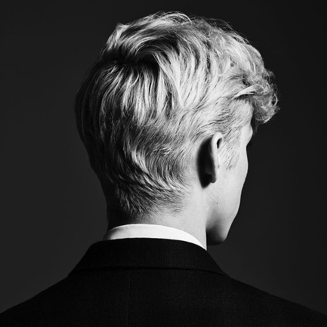 Troye-Sivan-Bloom-1535461313-640x640.jpg