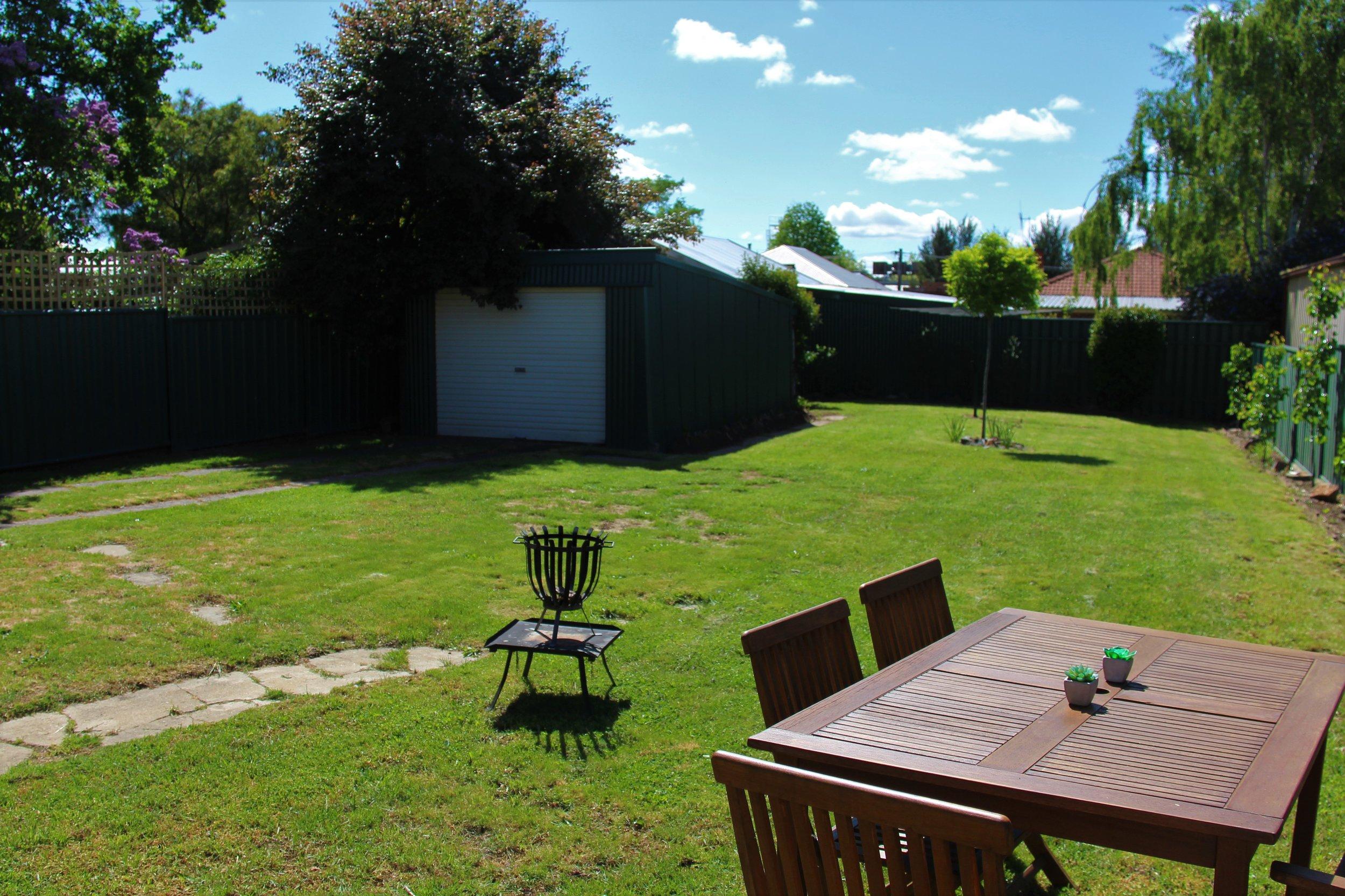 Dreamer's Cottage - Back Garden