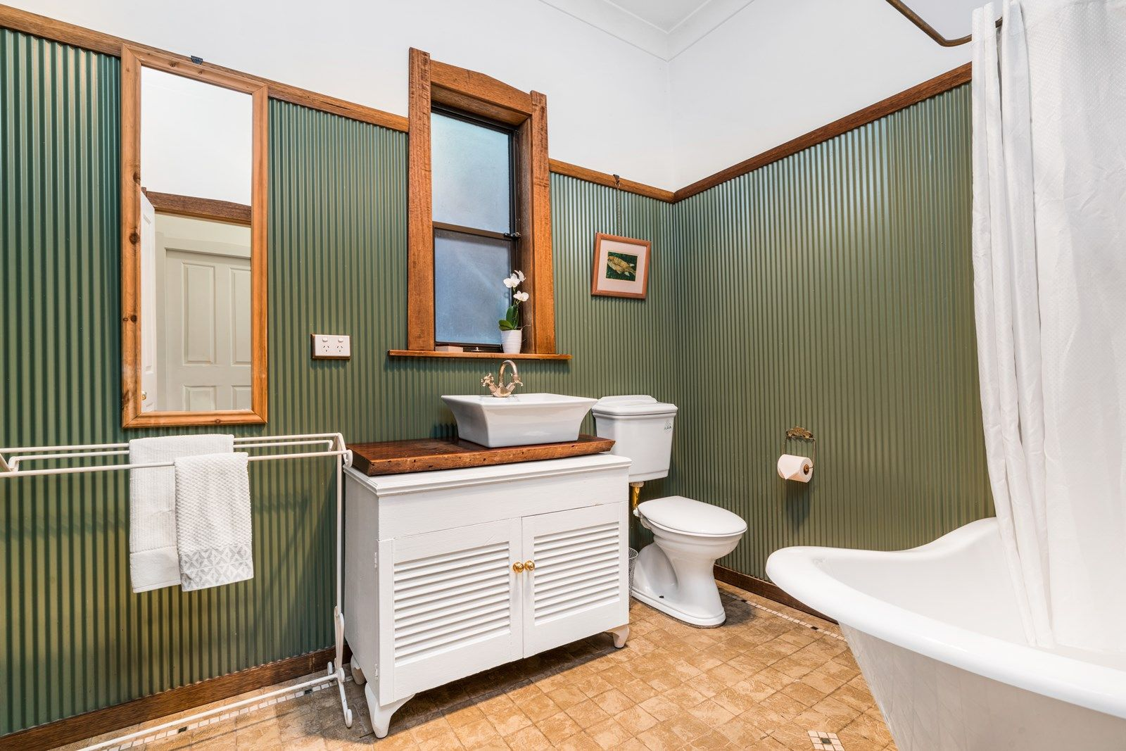 bathroom_70 dalton.jpg