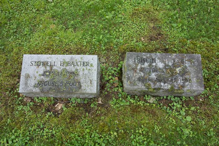 Old Bennington Cemetery-2.jpg